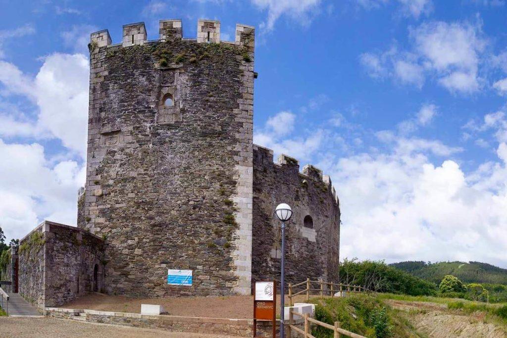 Castillo de Moeche - Centro de Interpretación de las Revueltas Irmandiñas